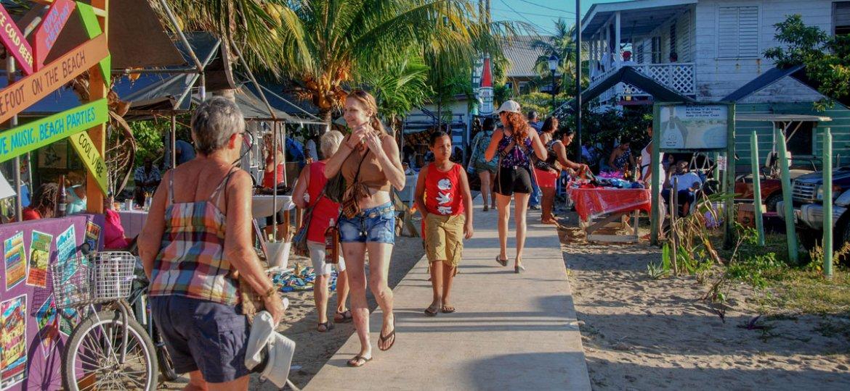 Placencia to Host Sidewalk Arts Festival
