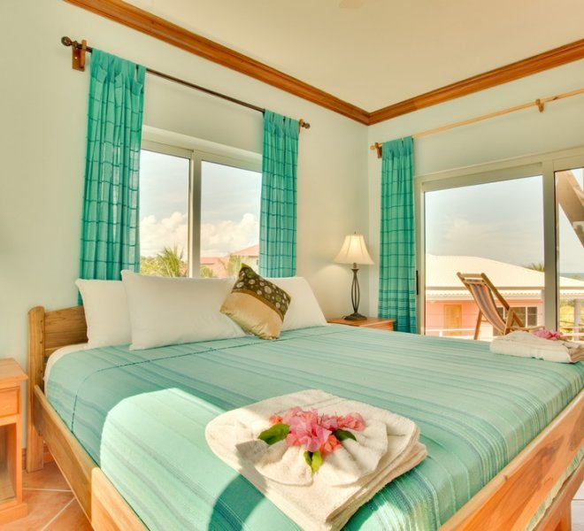 Placencia Belize 3BR Oceanfront Suites-2