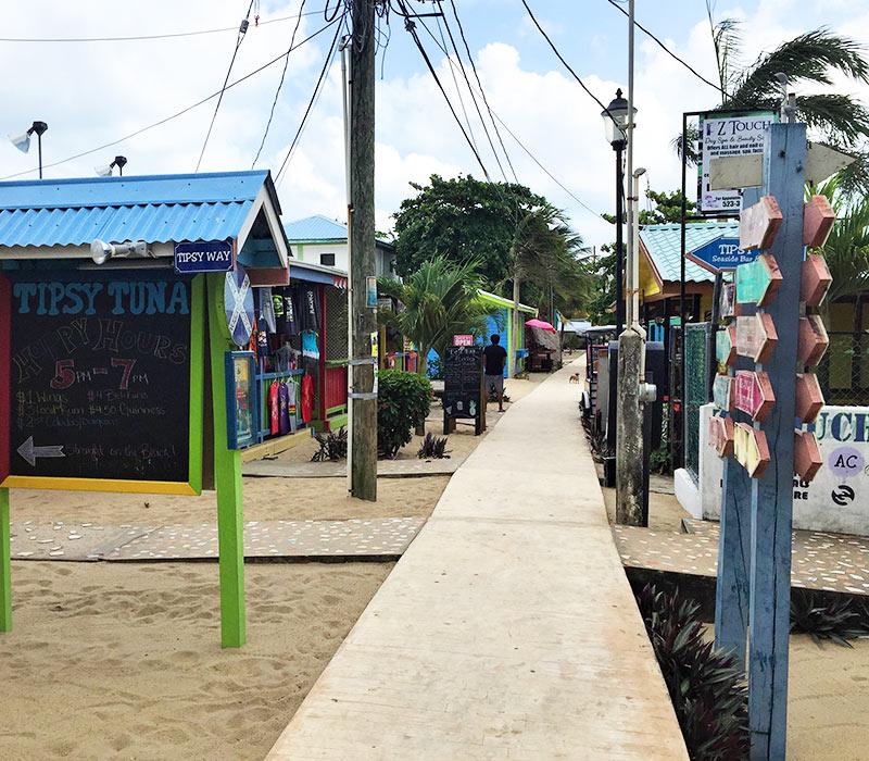 placencia-belize-activities-stroll-shop
