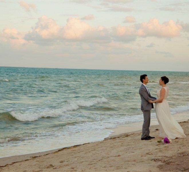 placencia-belize-beach-wedding-couple-3