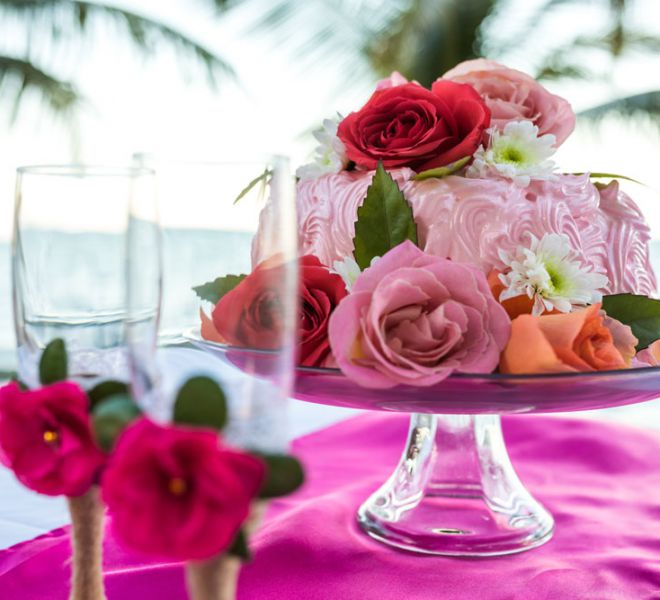 Belize Destination Wedding Guide - Wedding Cake