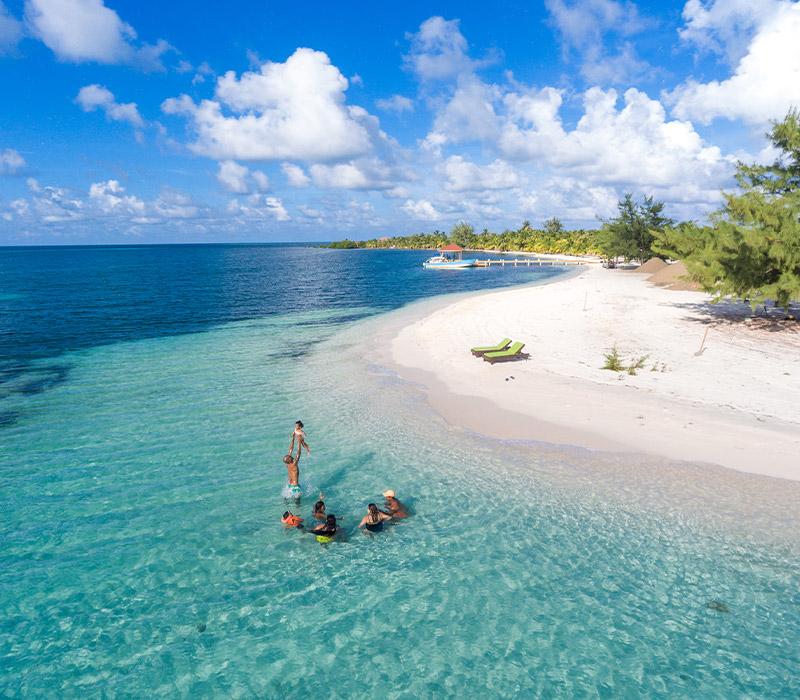 manta island resort belize