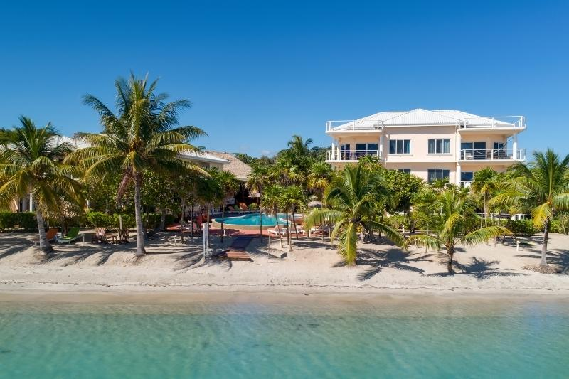 lb award winning resort in belize